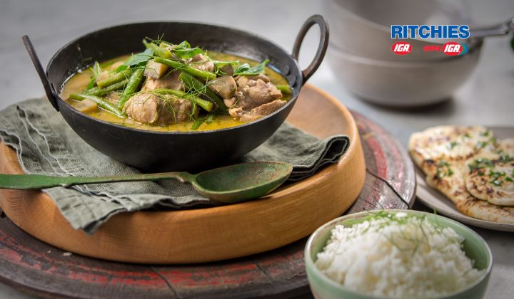 Thai green chicken and bean curry